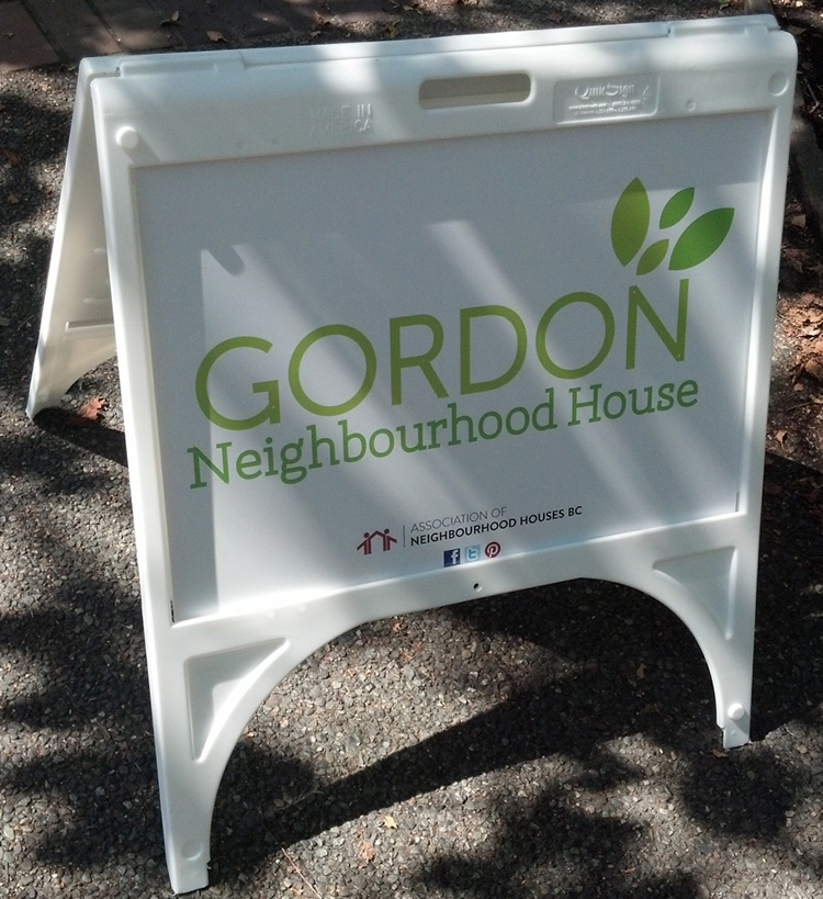 Photo of Gordon Neighbourhood House sign